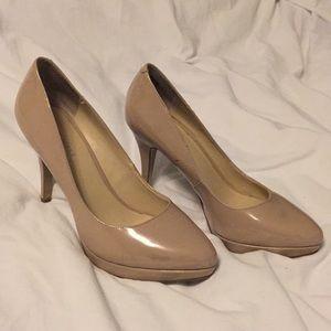 Nine West size 7M nude heels